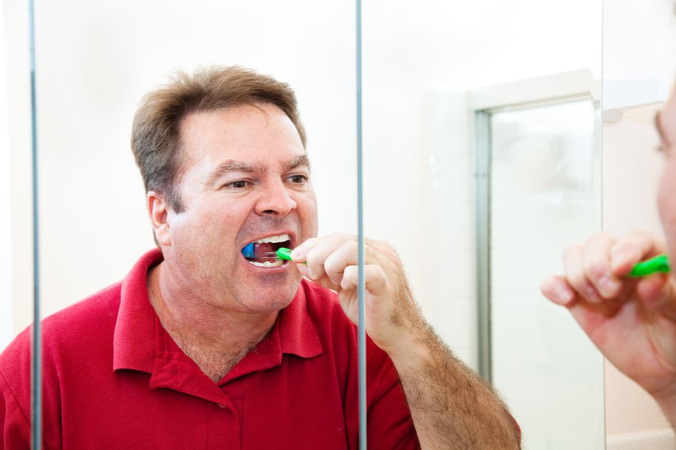 Care for cut on gums