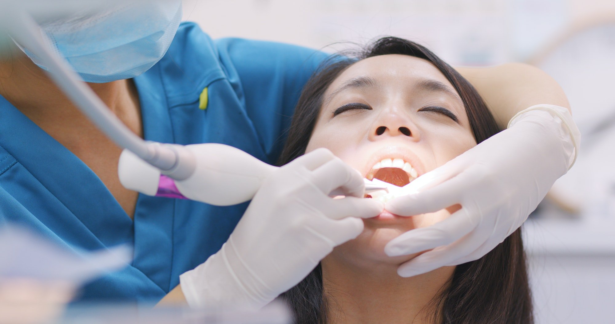 Learn what is periodontitis